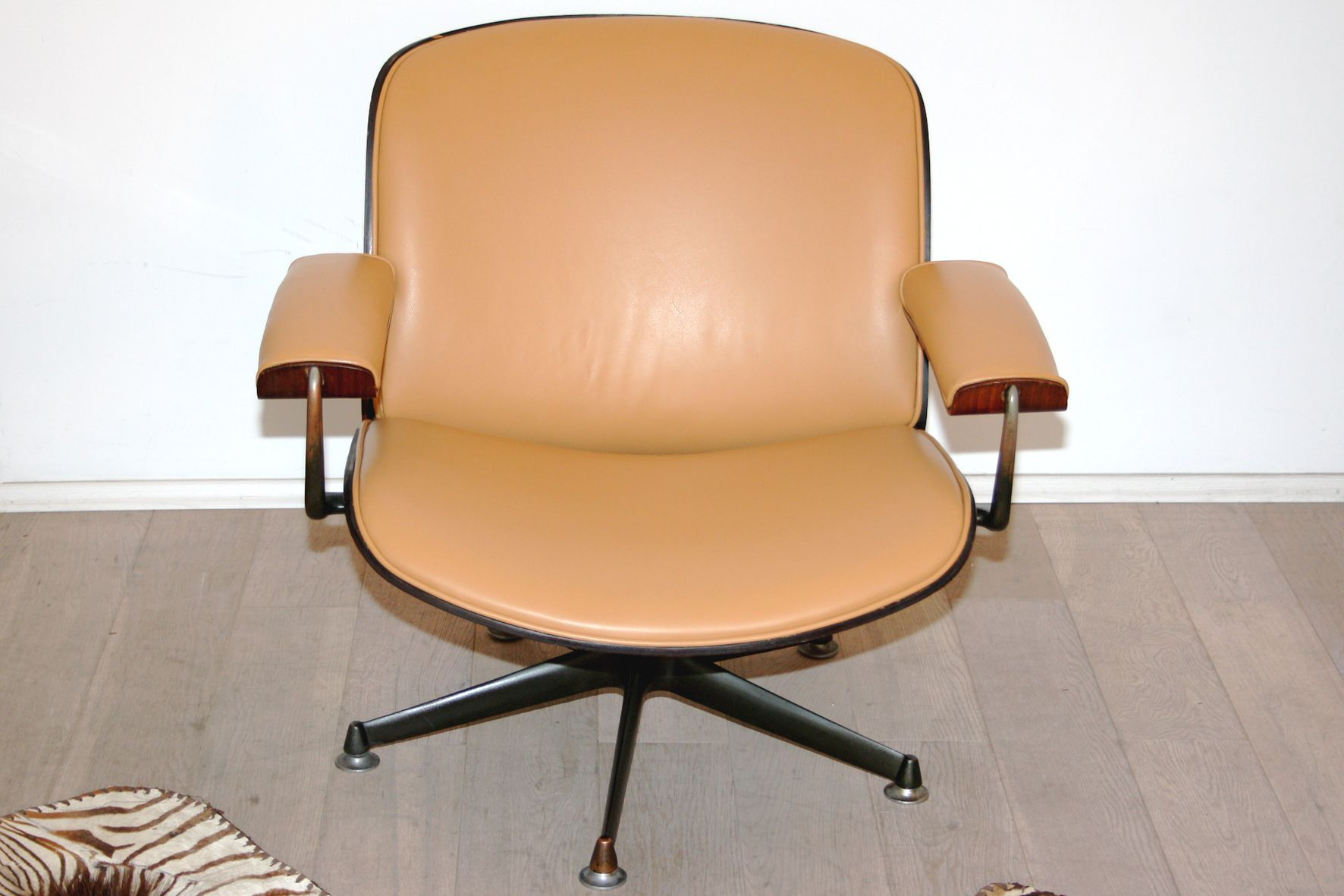 Lounge Chair by Ico Parisi for MIM Roma 1950s for sale at Pamono