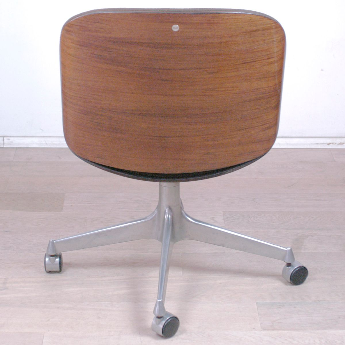 Vintage Swivel Office Chair By Ico Parisi For MIM For Sale