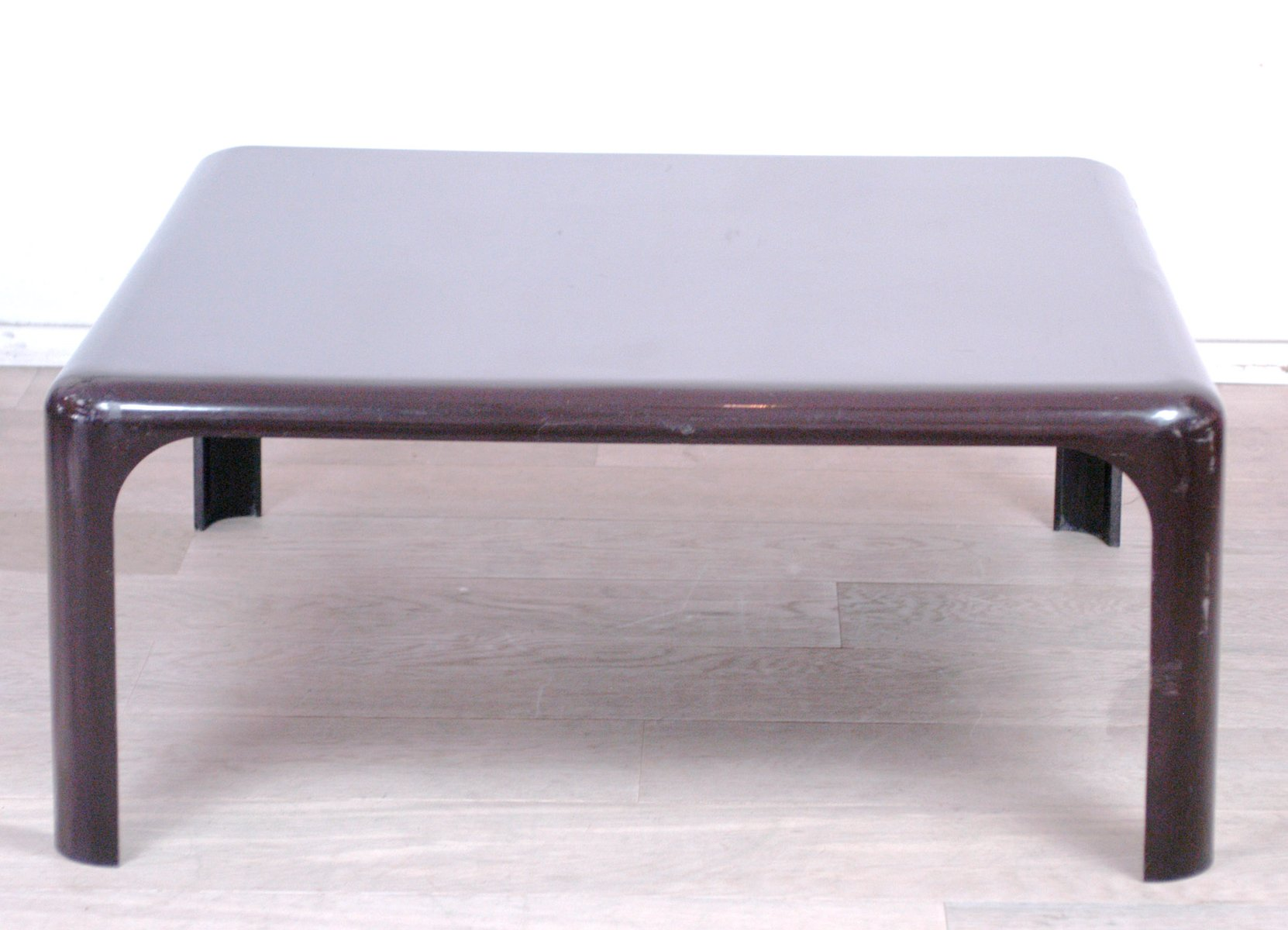Demetrio Coffee Table by Vico Magistretti for Artemide for sale at