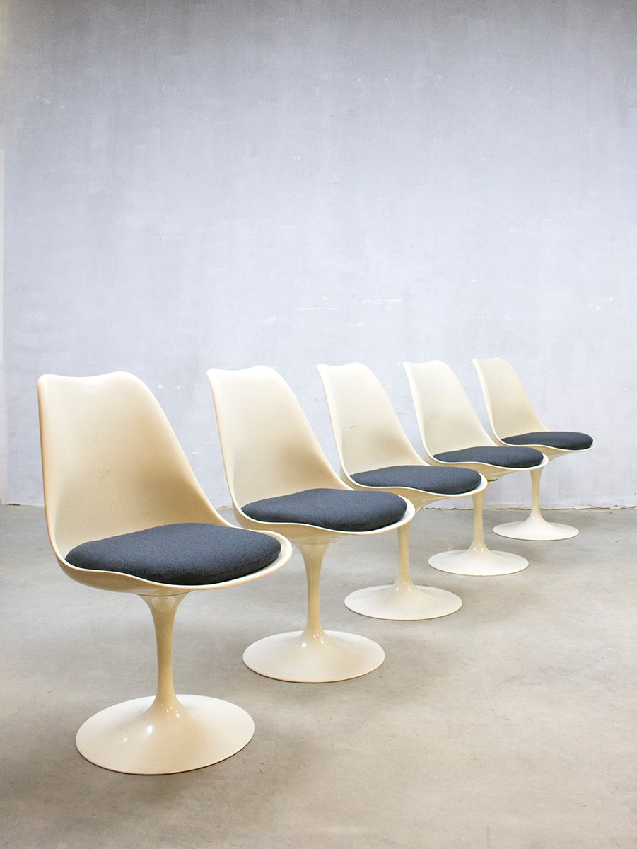 Mid Century Modern Tulip Dinner Chairs By Eero Saarinen