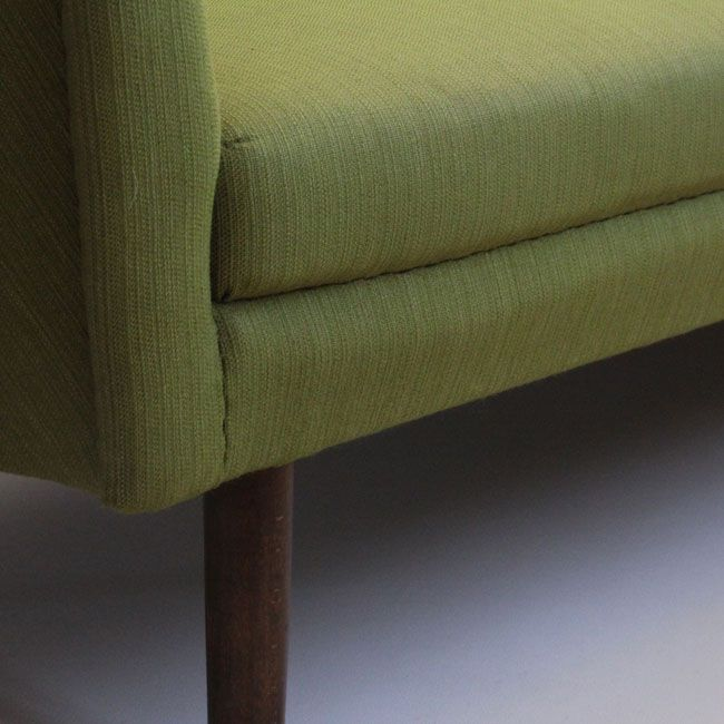 gr nes sofa aus d nemark 1950er bei pamono kaufen. Black Bedroom Furniture Sets. Home Design Ideas