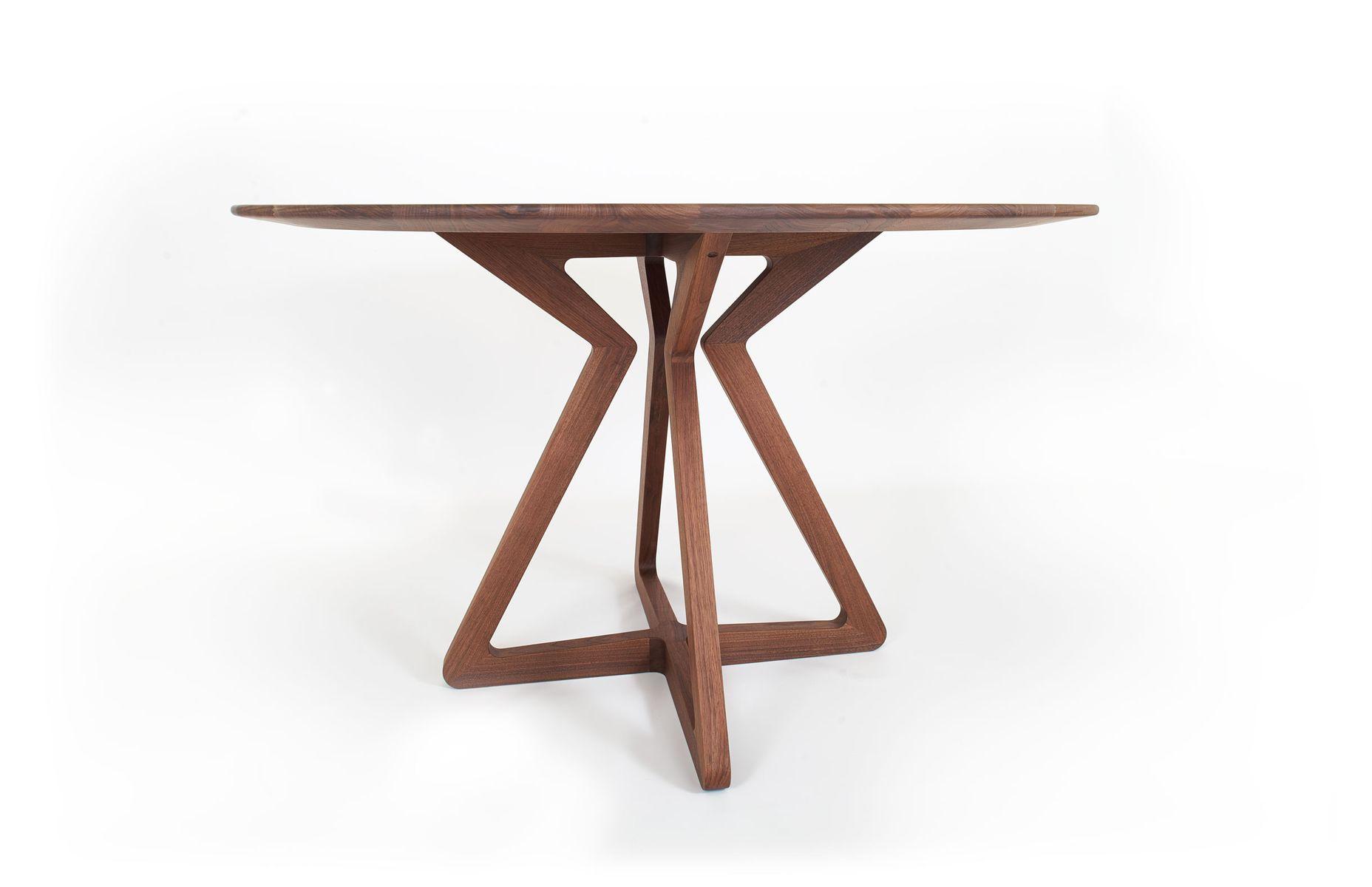 Lisboa 120 table by mo ow en vente sur pamono for Z table design