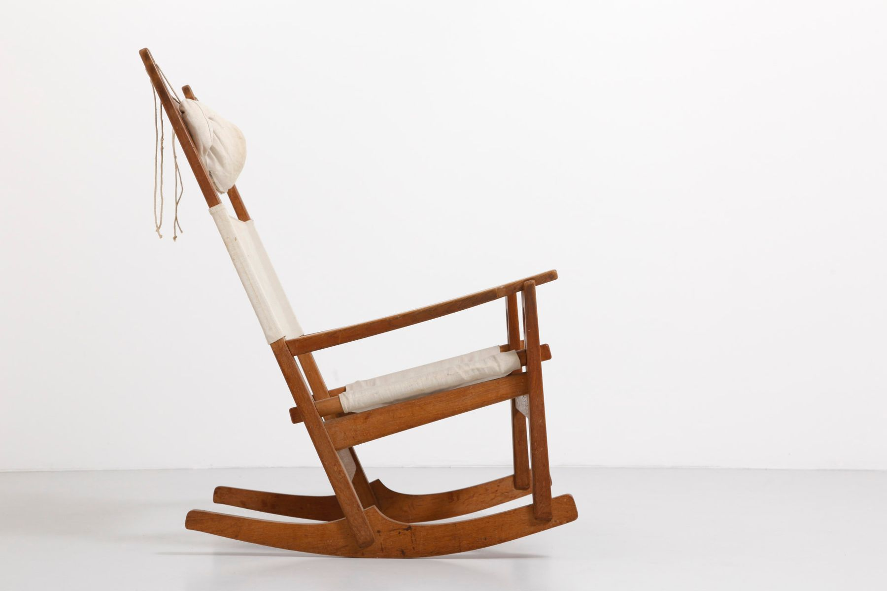 Keyhold GE673 Rocking Chair By Hans J. Wegner For Getama For Sale At . Full resolution‎  portraiture, nominally Width 1800 Height 1200 pixels, portraiture with #492814.