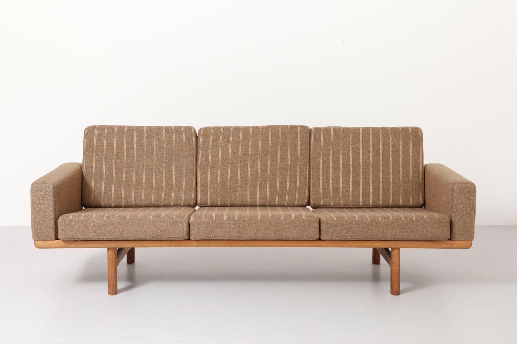 3 seater sofa by hans j wegner for getama for sale at pamono. Black Bedroom Furniture Sets. Home Design Ideas
