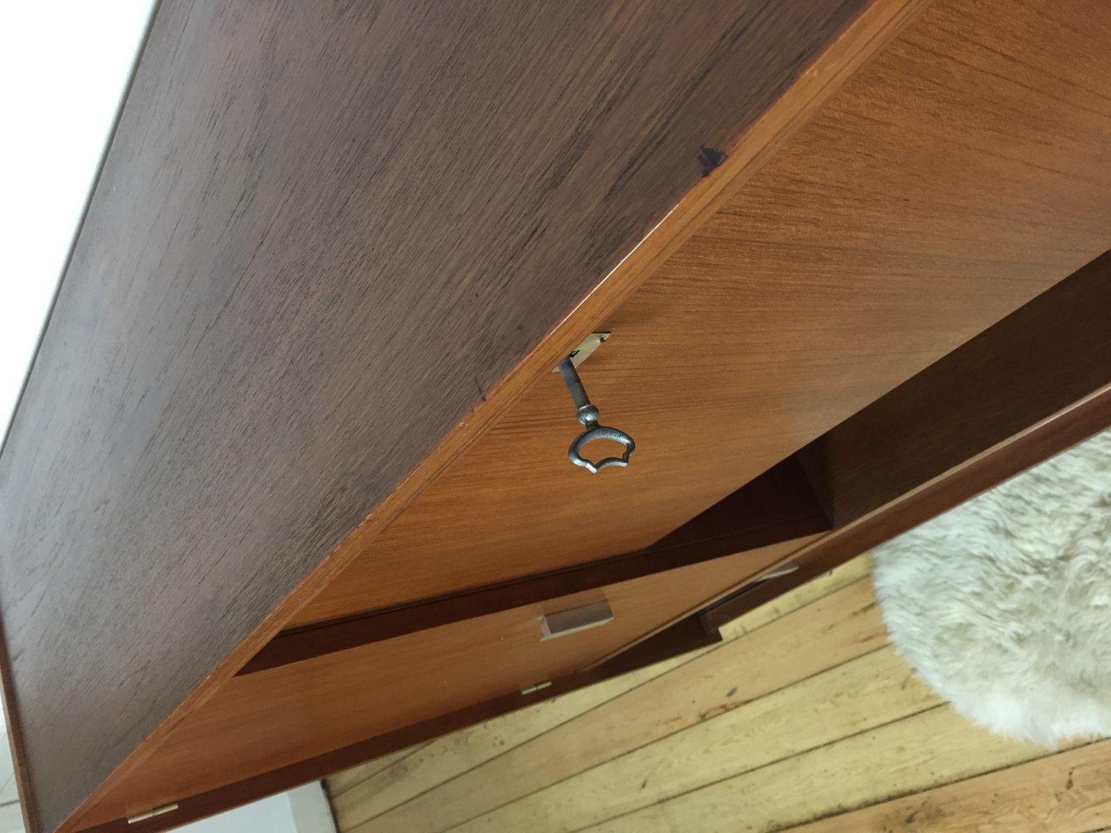 vintage bar schrank aus dunklem holz bei pamono kaufen. Black Bedroom Furniture Sets. Home Design Ideas