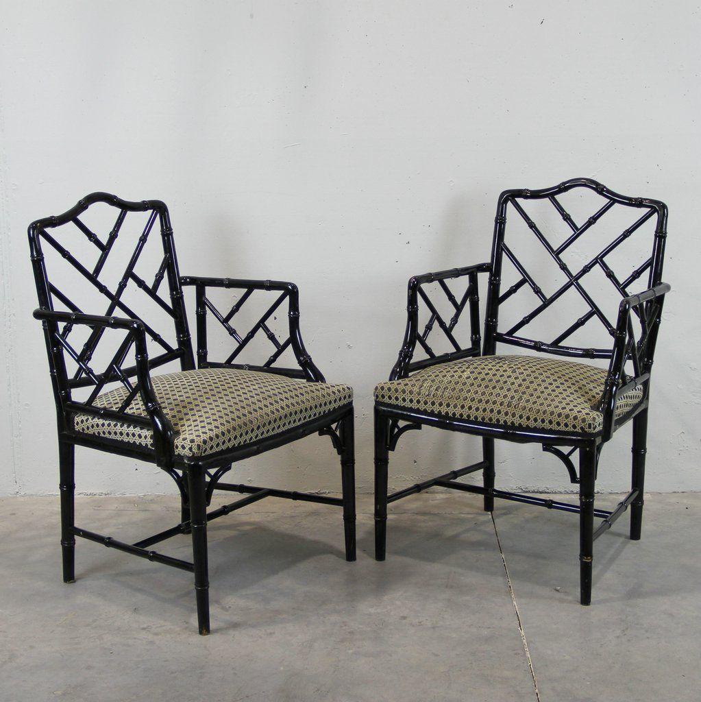 schwarze spanische vintage holz st hle 2er set bei pamono kaufen. Black Bedroom Furniture Sets. Home Design Ideas
