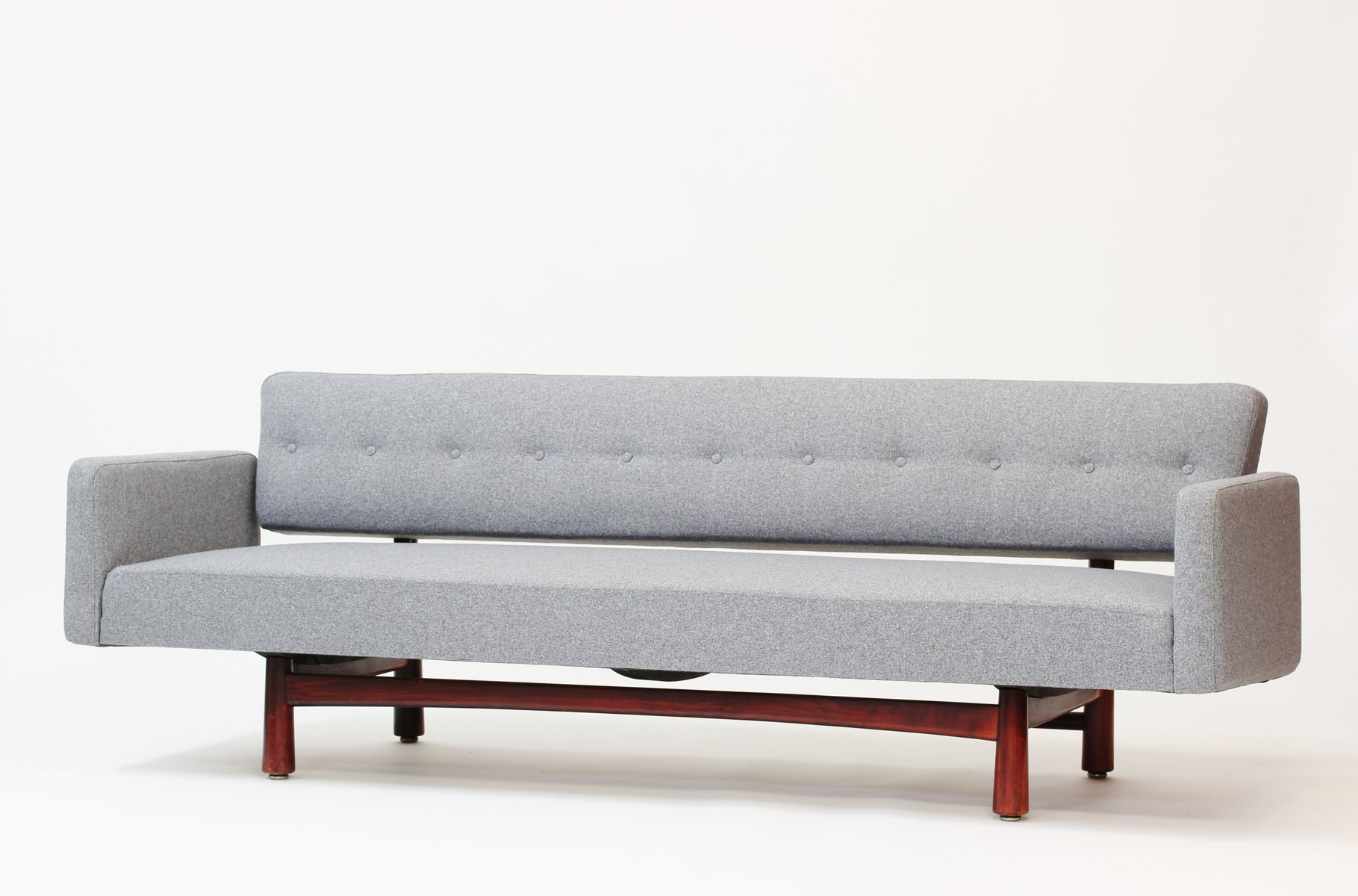 new york sofa by edward wormley for ljungs industrier dux. Black Bedroom Furniture Sets. Home Design Ideas