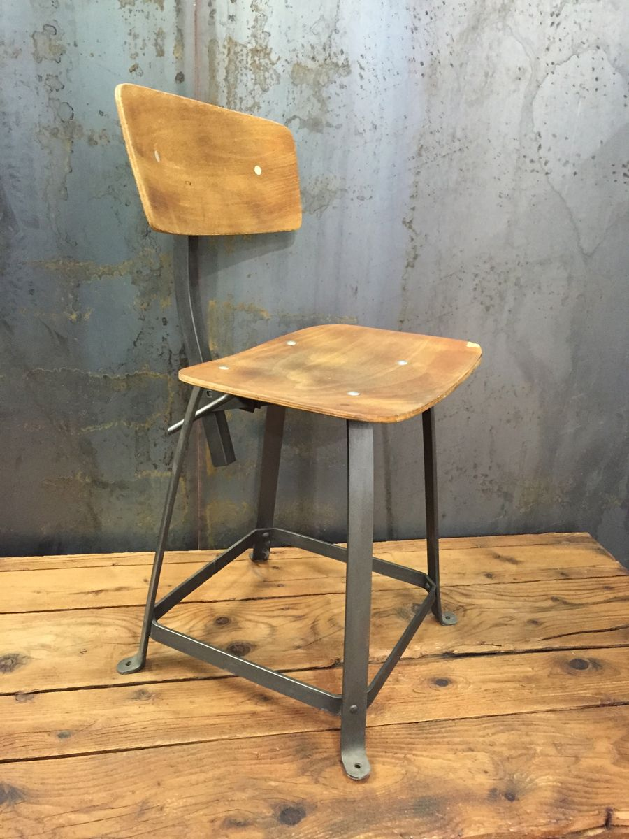 Vintage Industrial Chair from Bienaise for sale at Pamono