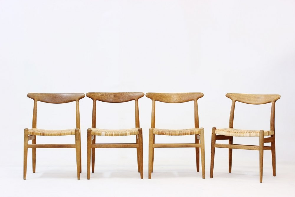 w2 chairs by hans j wegner for c m madsen 1953 set of 4 for sale at pamono. Black Bedroom Furniture Sets. Home Design Ideas