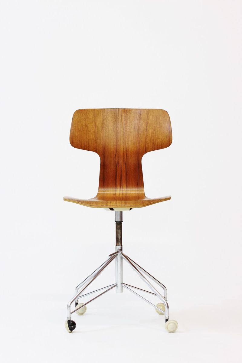 mid century drehstuhl von arne jacobsen f r fritz hansen. Black Bedroom Furniture Sets. Home Design Ideas