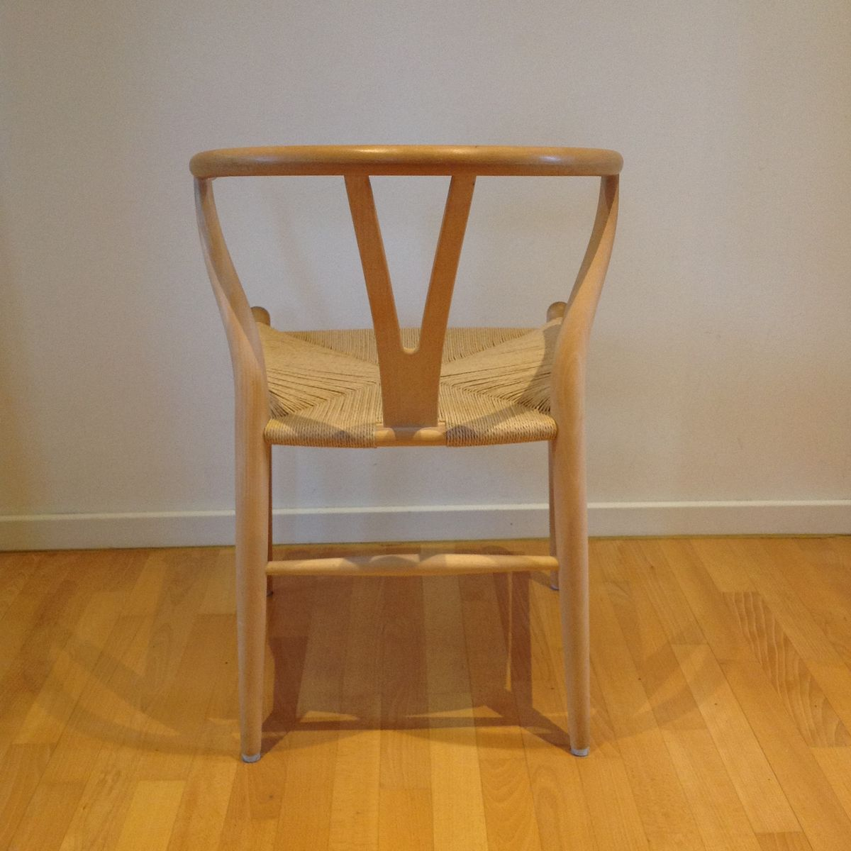 ch 24 y stuhl von hans j wegner f r carl hansen s n bei pamono kaufen. Black Bedroom Furniture Sets. Home Design Ideas