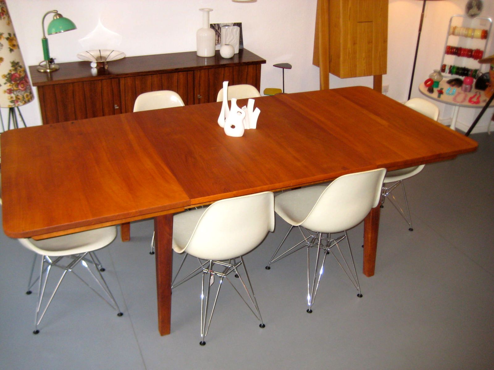 vintage cherry wood dining table for sale at pamono. Black Bedroom Furniture Sets. Home Design Ideas