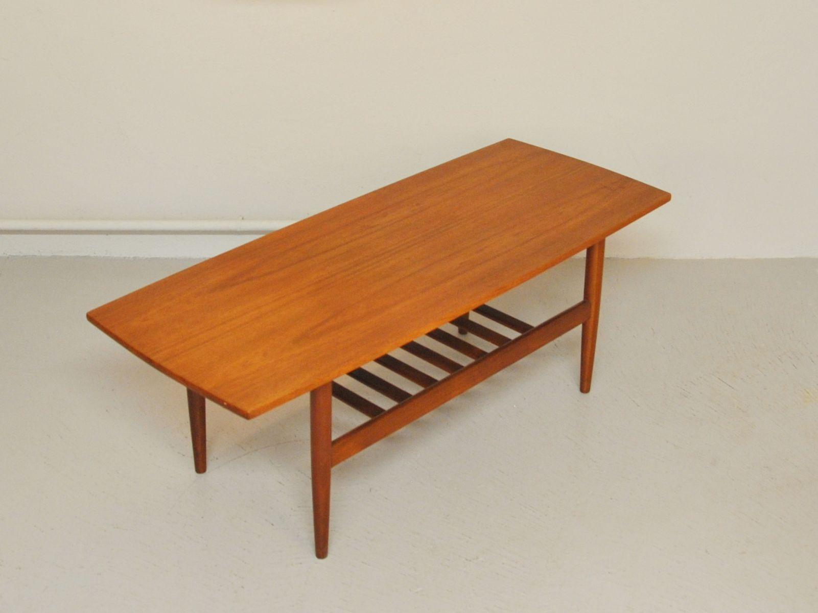 scandinavian teak coffee table 1960s for sale at pamono. Black Bedroom Furniture Sets. Home Design Ideas