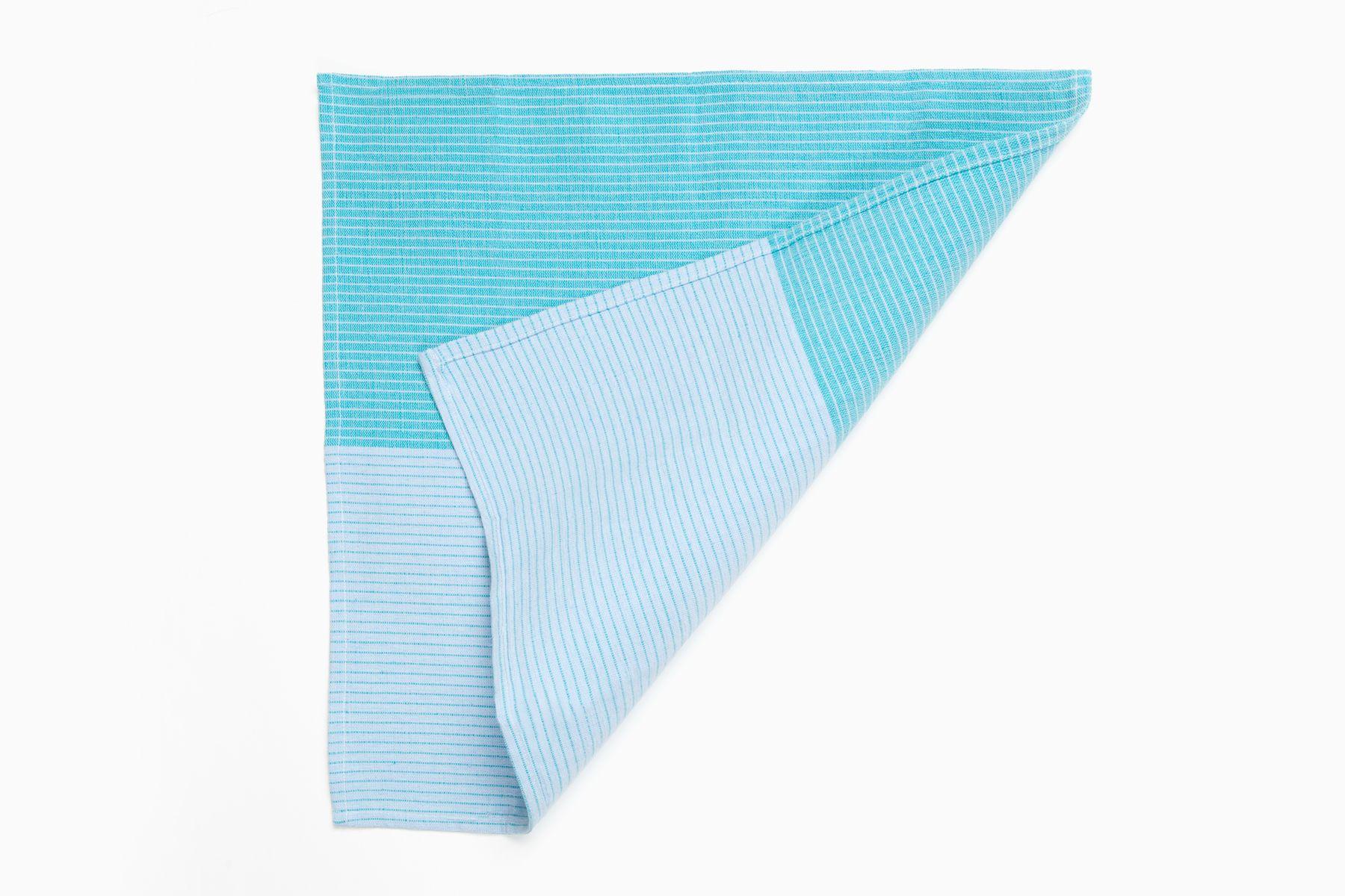 Nappe Et 6 Serviettes Bleues Bleu Vert Et 6 Ronds De Serviettes En Forme De D Oaxaca Facades Par