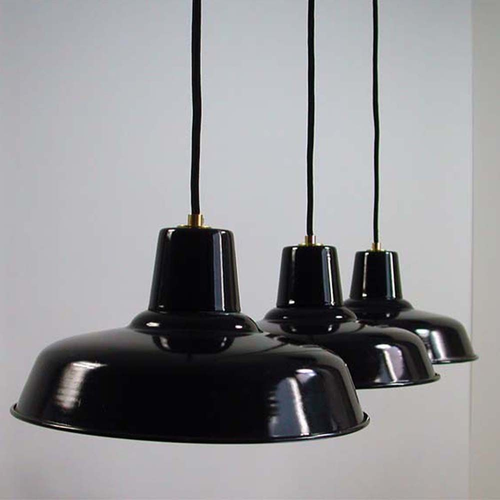 schwarze emaille industrie lampe 1960er bei pamono kaufen. Black Bedroom Furniture Sets. Home Design Ideas