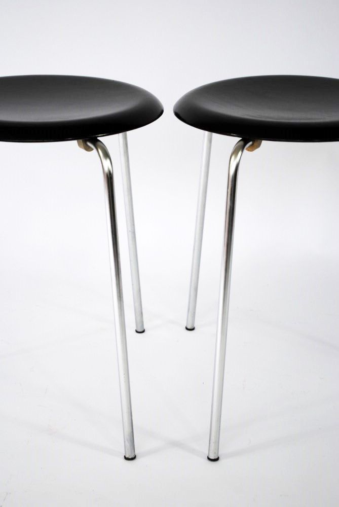 vintage dot stool by arne jacobsen for sale at pamono. Black Bedroom Furniture Sets. Home Design Ideas