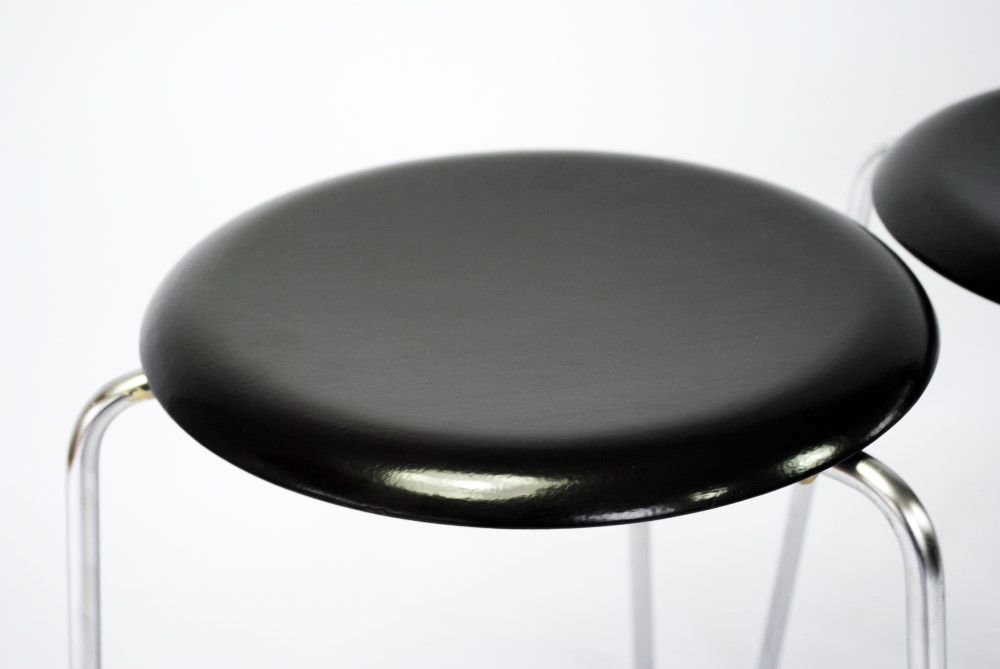 Vintage Dot Stool By Arne Jacobsen For Sale At Pamono