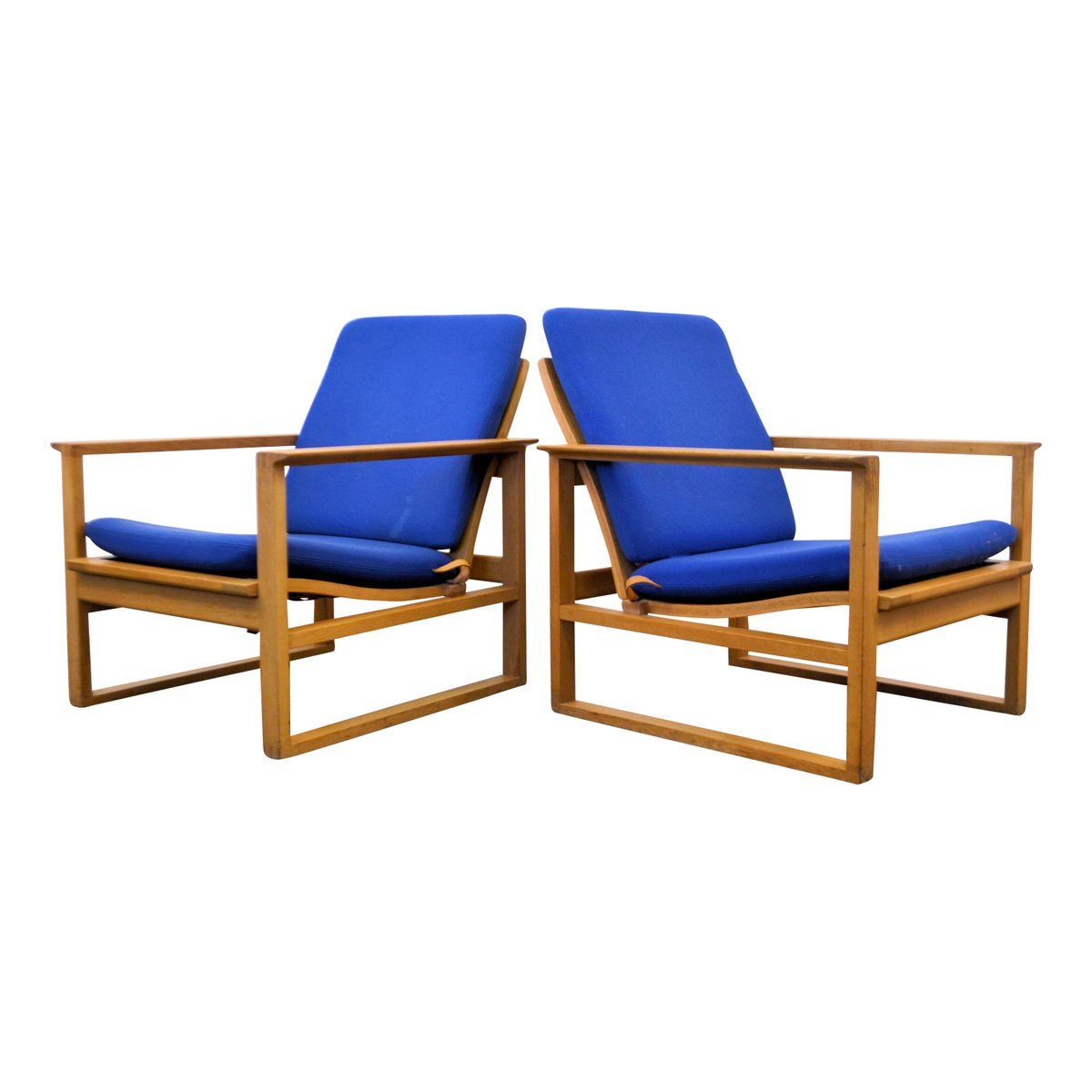 Danish 2256 lounge chairs by b rge mogensen for fredericia for Furniture 1950