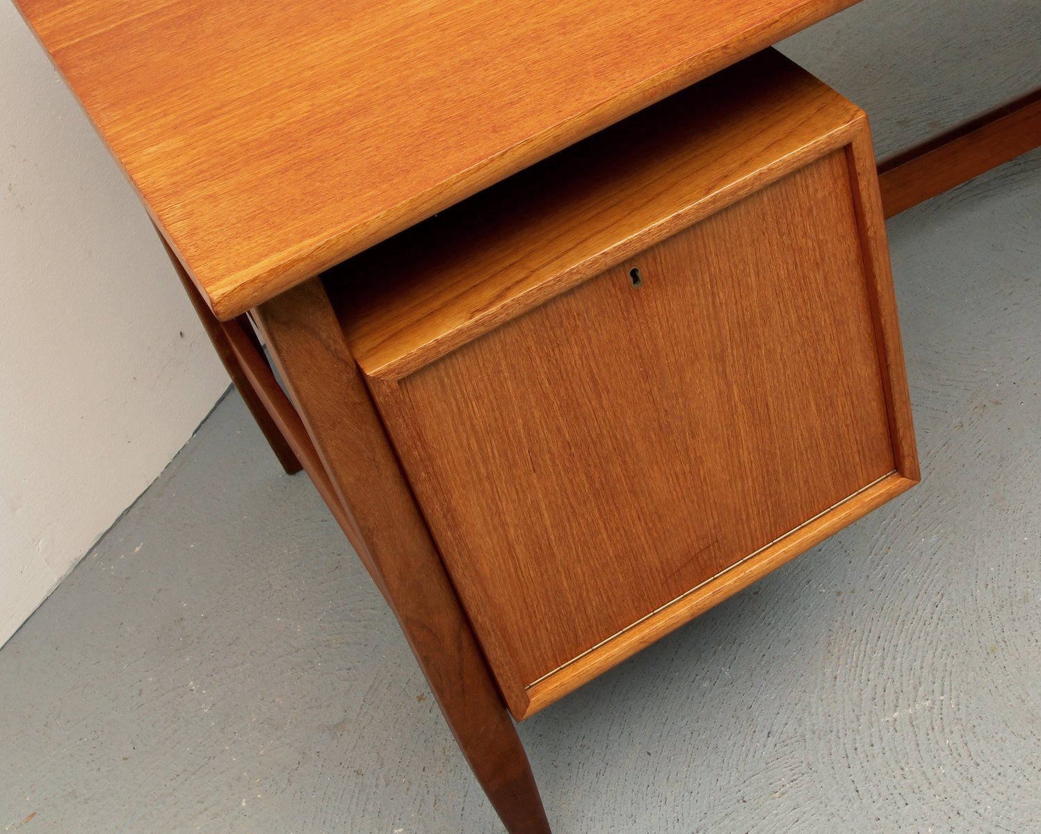 mid century teak writing desk from wk m bel 1960s for sale at pamono. Black Bedroom Furniture Sets. Home Design Ideas