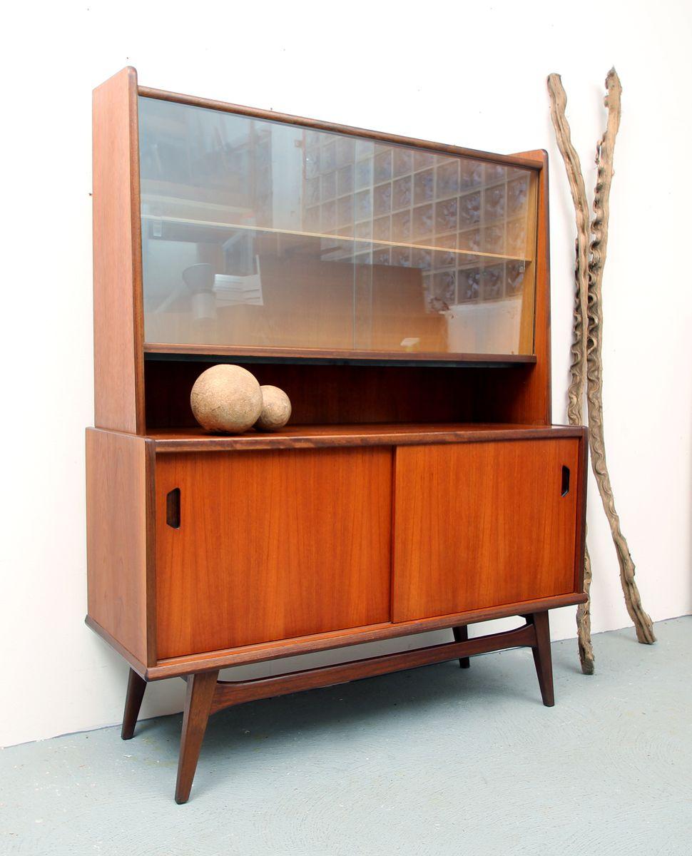 teak sideboard mit vitrine 1960er bei pamono kaufen. Black Bedroom Furniture Sets. Home Design Ideas