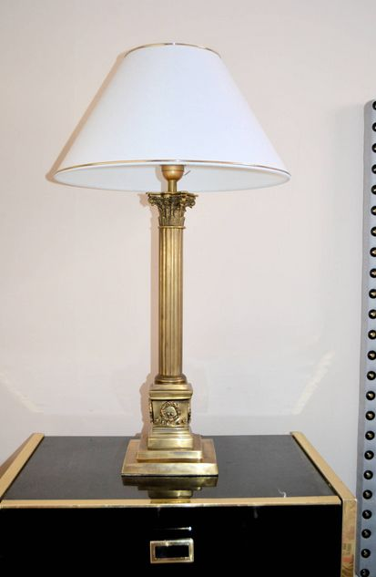 Neoklassische bronze lampen 1970er 2er set bei pamono kaufen for Lampen niederlande