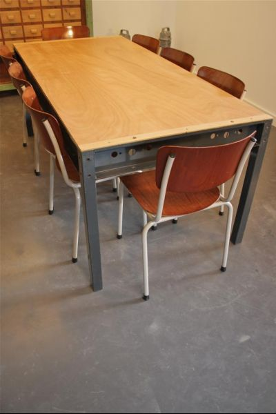 Industrial Dining Table for sale at Pamono : industrial dining table from www.pamono.co.uk size 400 x 600 png 243kB