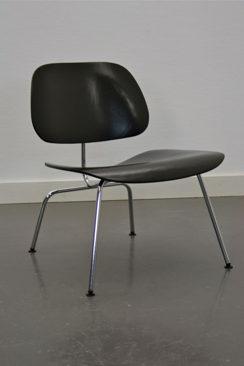 lcm lounge stuhl von charles ray eames f r herman miller. Black Bedroom Furniture Sets. Home Design Ideas