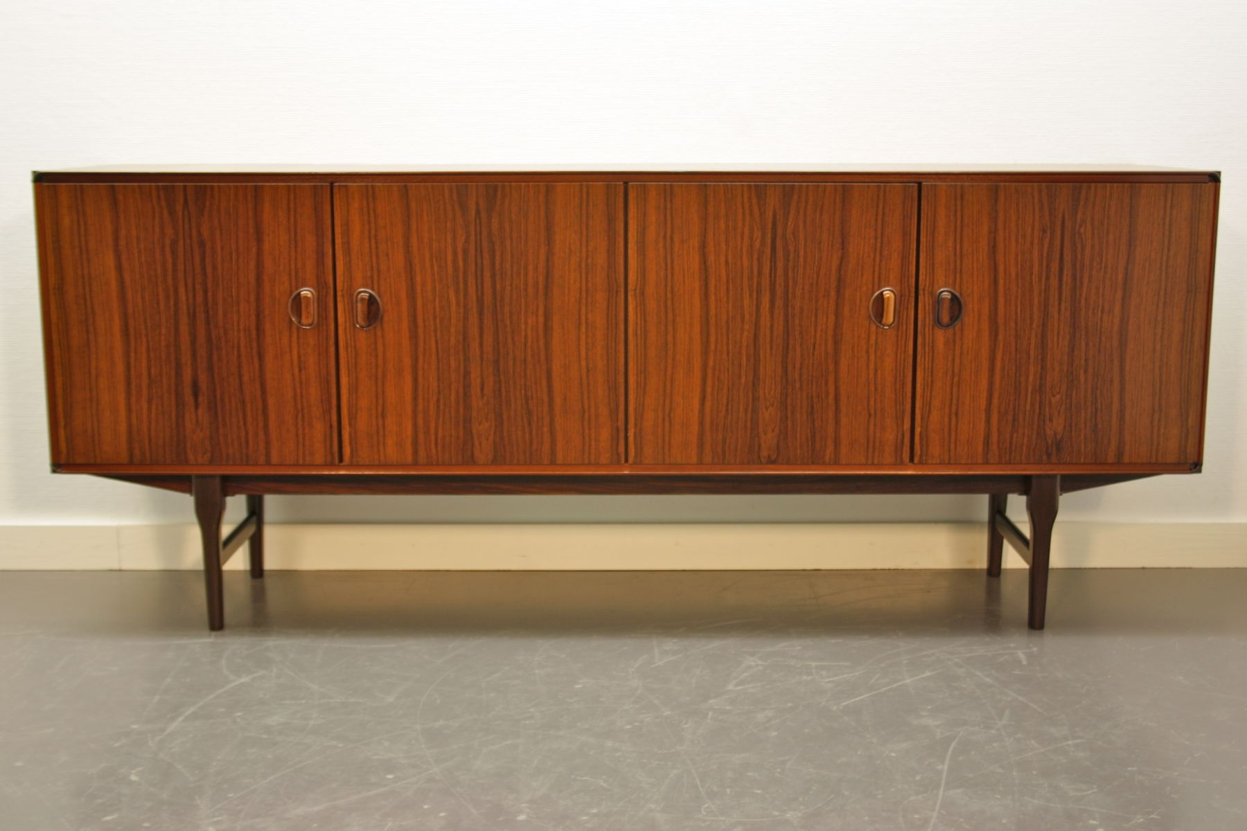 palisander sideboard von fristho franeker bei pamono kaufen. Black Bedroom Furniture Sets. Home Design Ideas