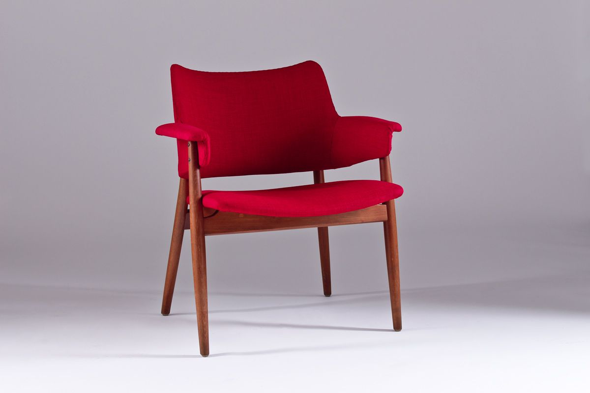 Vintage mid century swedish lounge chair for sale at pamono for Classic mid century chairs