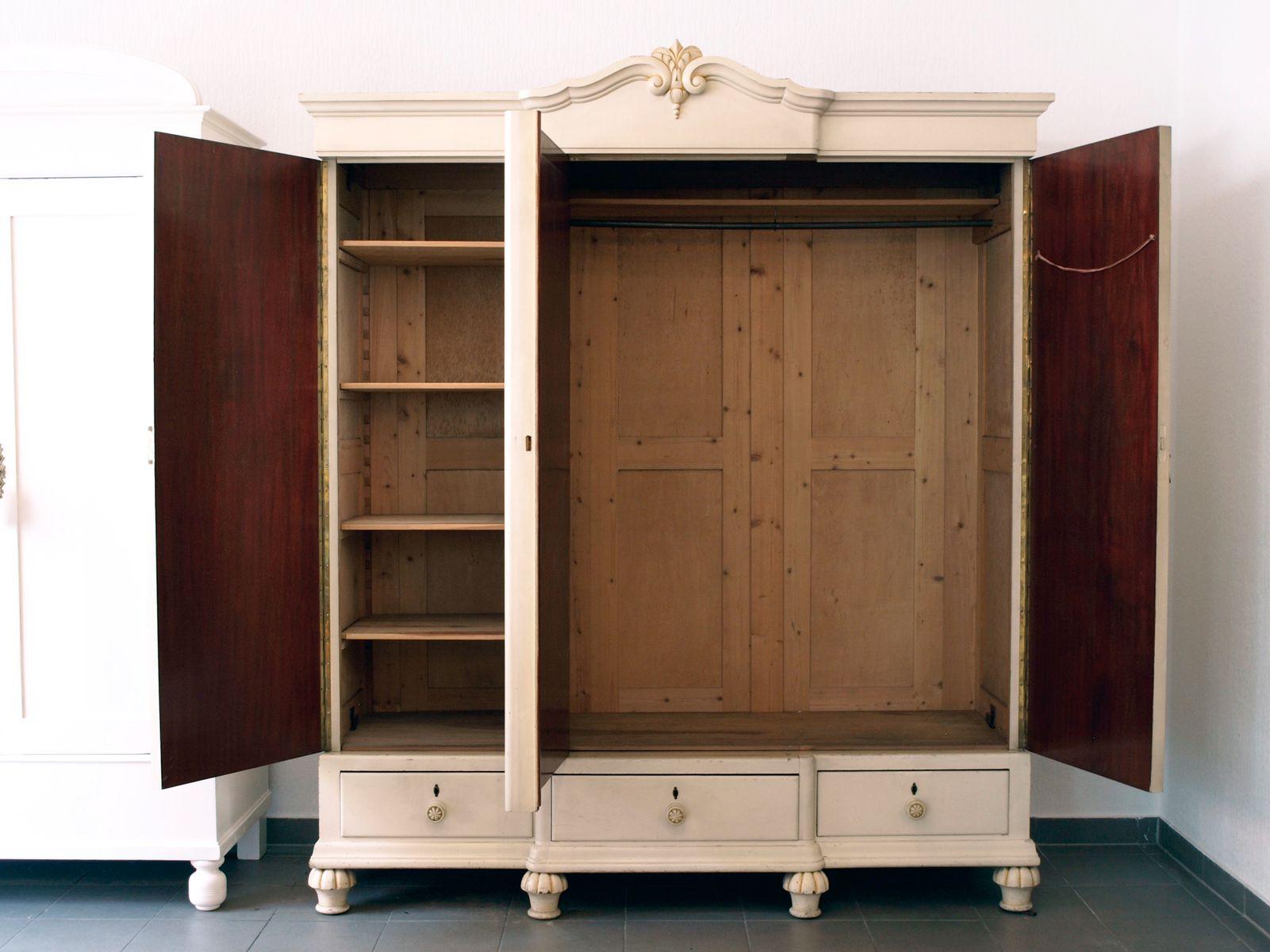 vintage schrank mit spiegel 1900 bei pamono kaufen. Black Bedroom Furniture Sets. Home Design Ideas