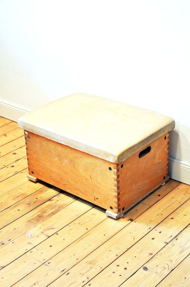 vintage turnkasten bei pamono kaufen. Black Bedroom Furniture Sets. Home Design Ideas