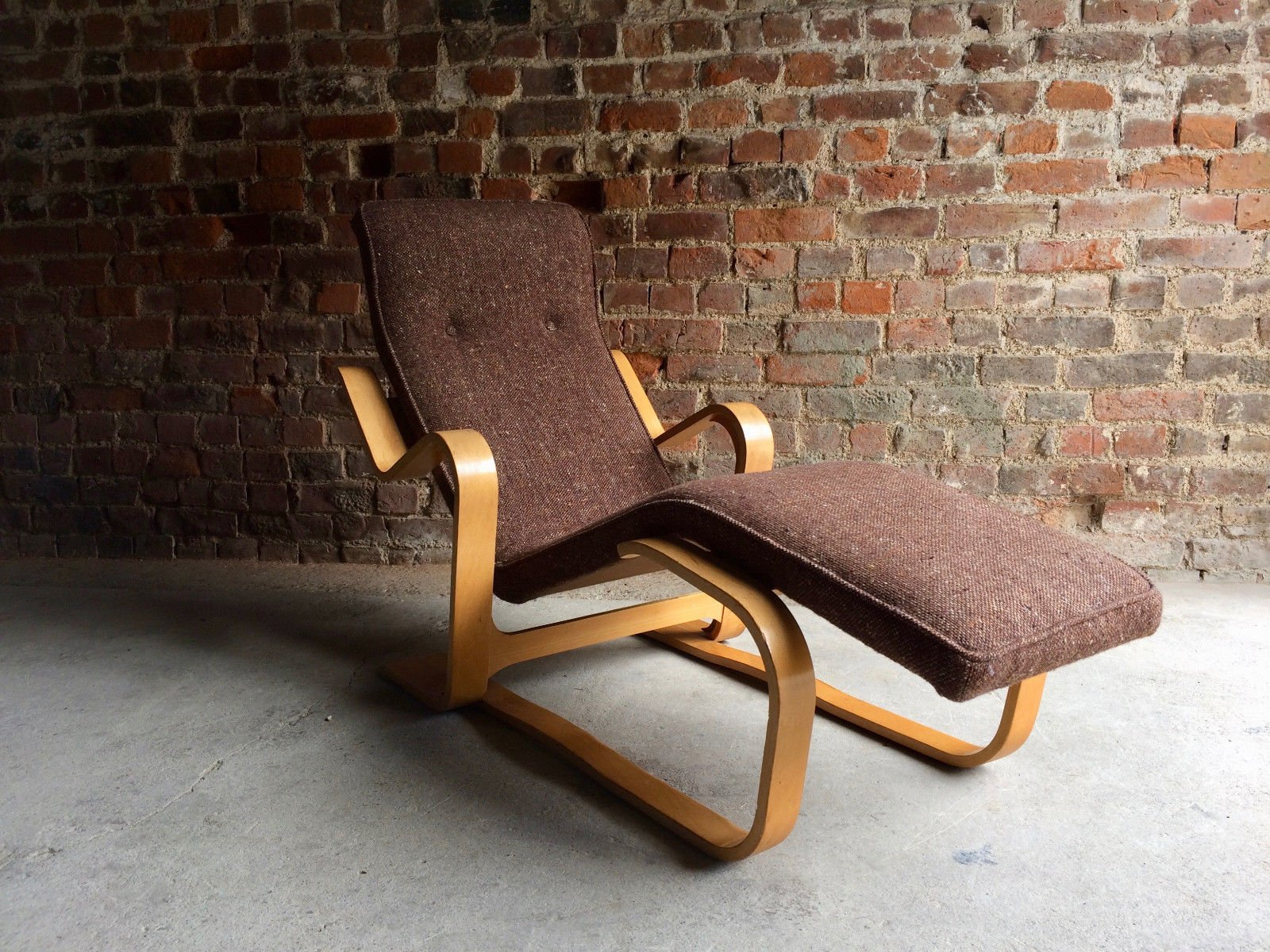 bauhaus chaise lounge by marcel breuer for knoll 1970s. Black Bedroom Furniture Sets. Home Design Ideas