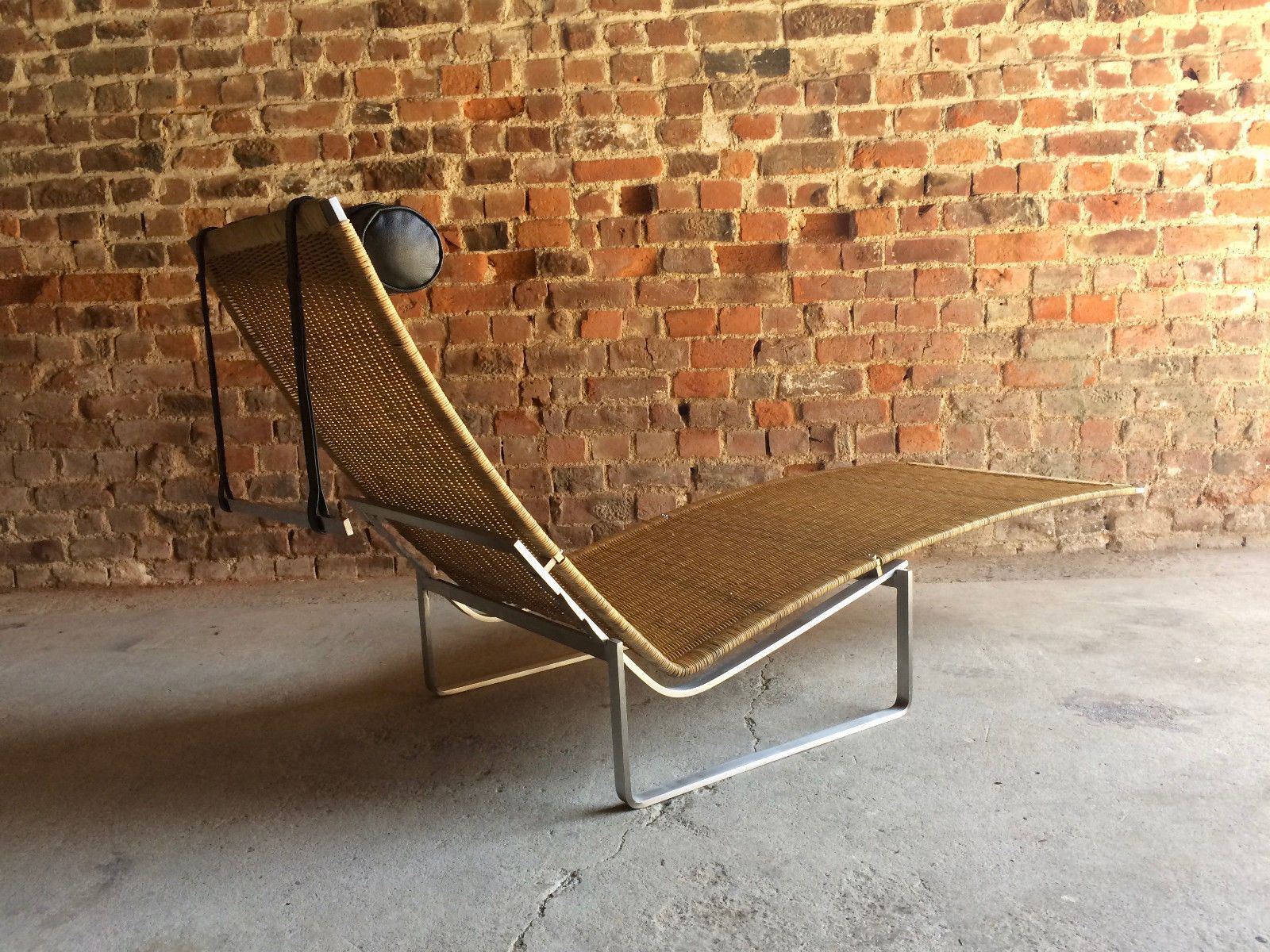 Vintage Chaise Lounge in Brushed Steel for sale at Pamono