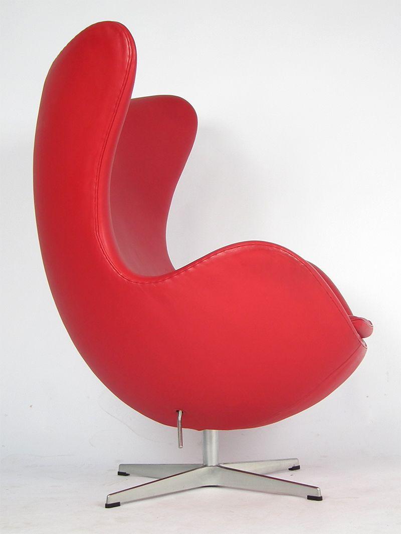 danish 3316 red leather egg chair by arne jacobsen for. Black Bedroom Furniture Sets. Home Design Ideas