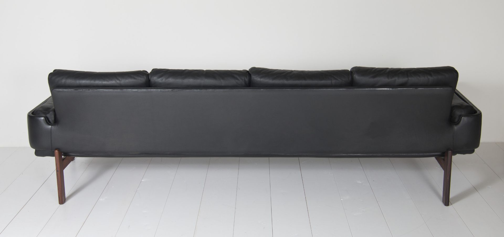 Four seater black leather sofa by sven ivar dysthe for for Leather sofa 7 seater