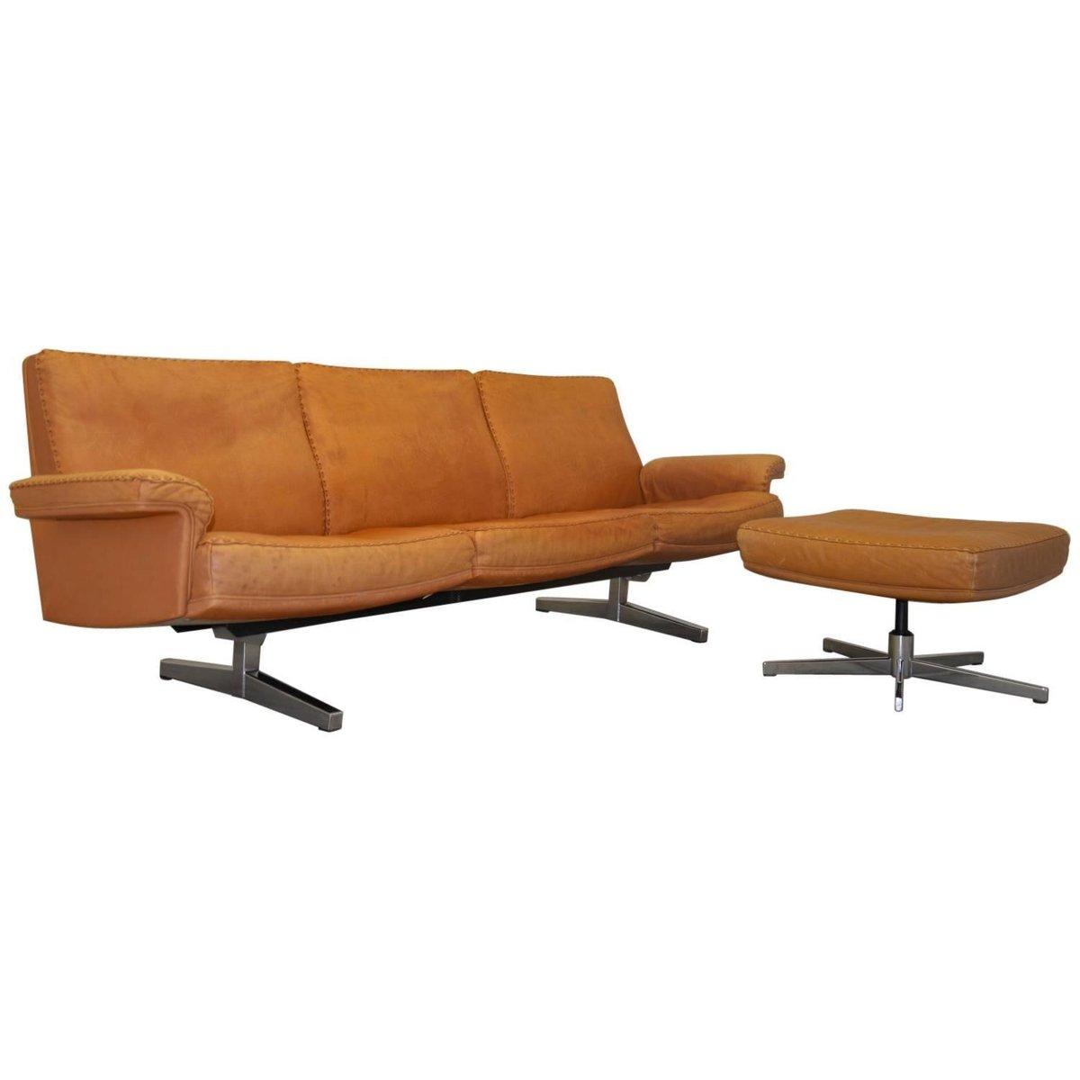 schweizerisches vintage ds 35 3 sitzer sofa und hocker von de sede 1960er bei pamono kaufen. Black Bedroom Furniture Sets. Home Design Ideas
