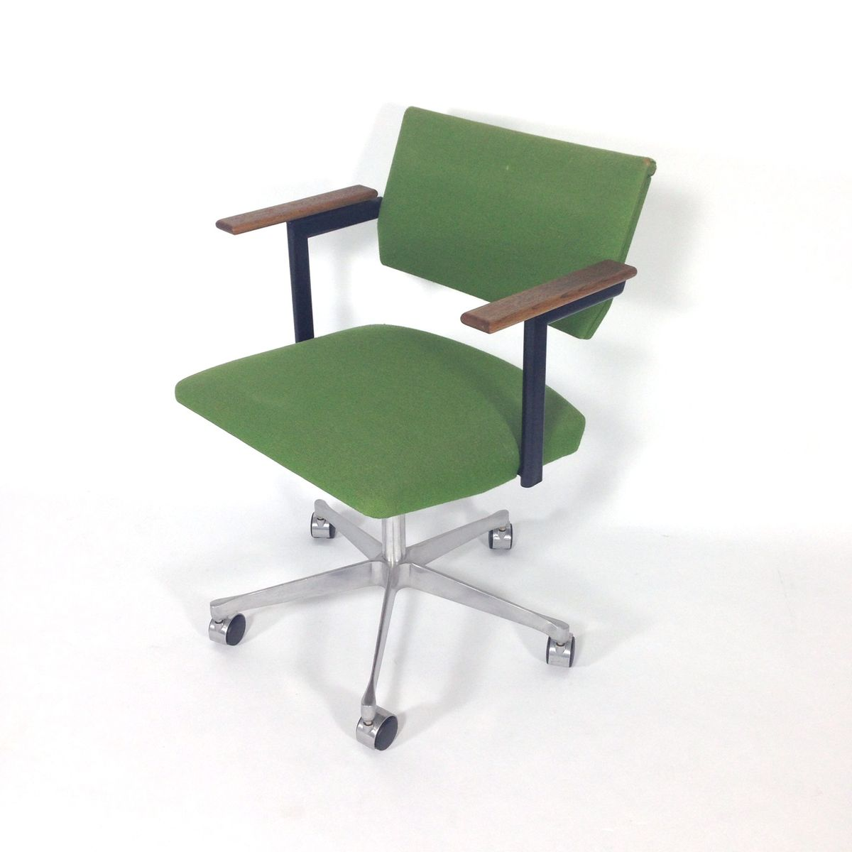 Ariadne Swivel Desk Chair by Friso Kramer for Auping for