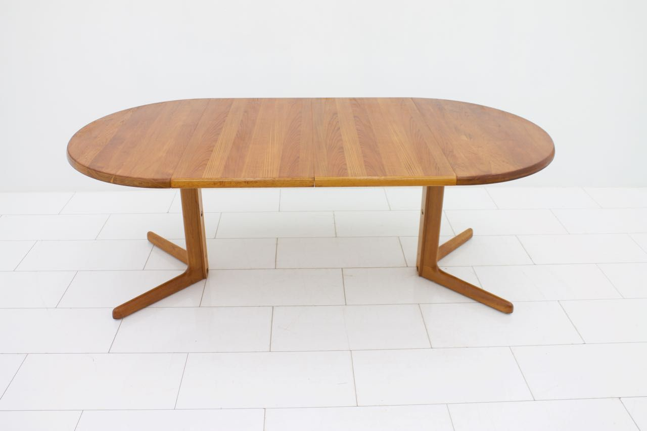 Mid Century Round Teak Dining Table with Two Extension  : mid century round teak dining table with two extension plates 1 from www.pamono.com size 1280 x 853 jpeg 41kB