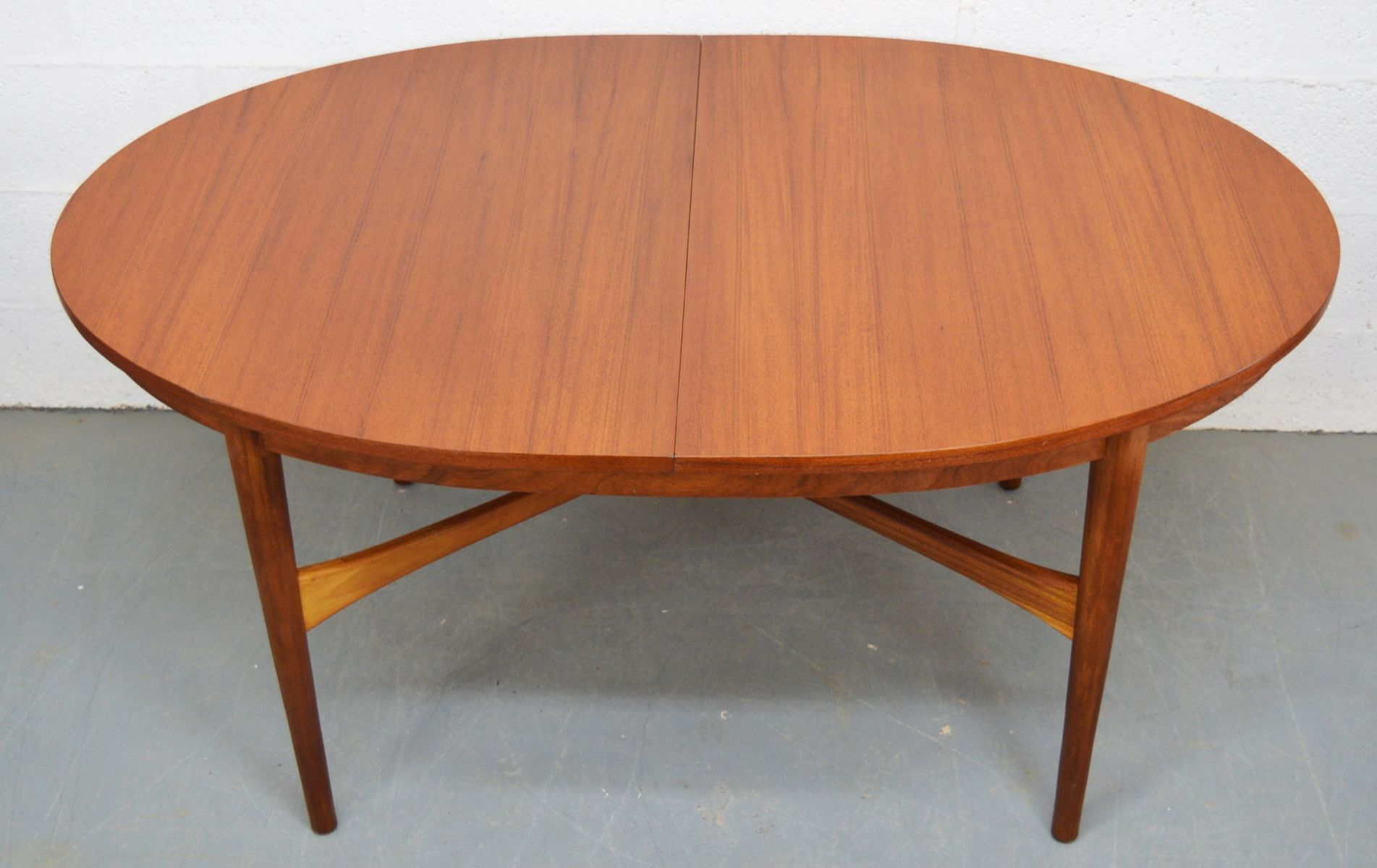Mid Century Teak Extendable Oval Dining Table from  : mid century teak extendable oval dining table from beithcraft 1 from www.pamono.com.au size 1902 x 1200 jpeg 141kB