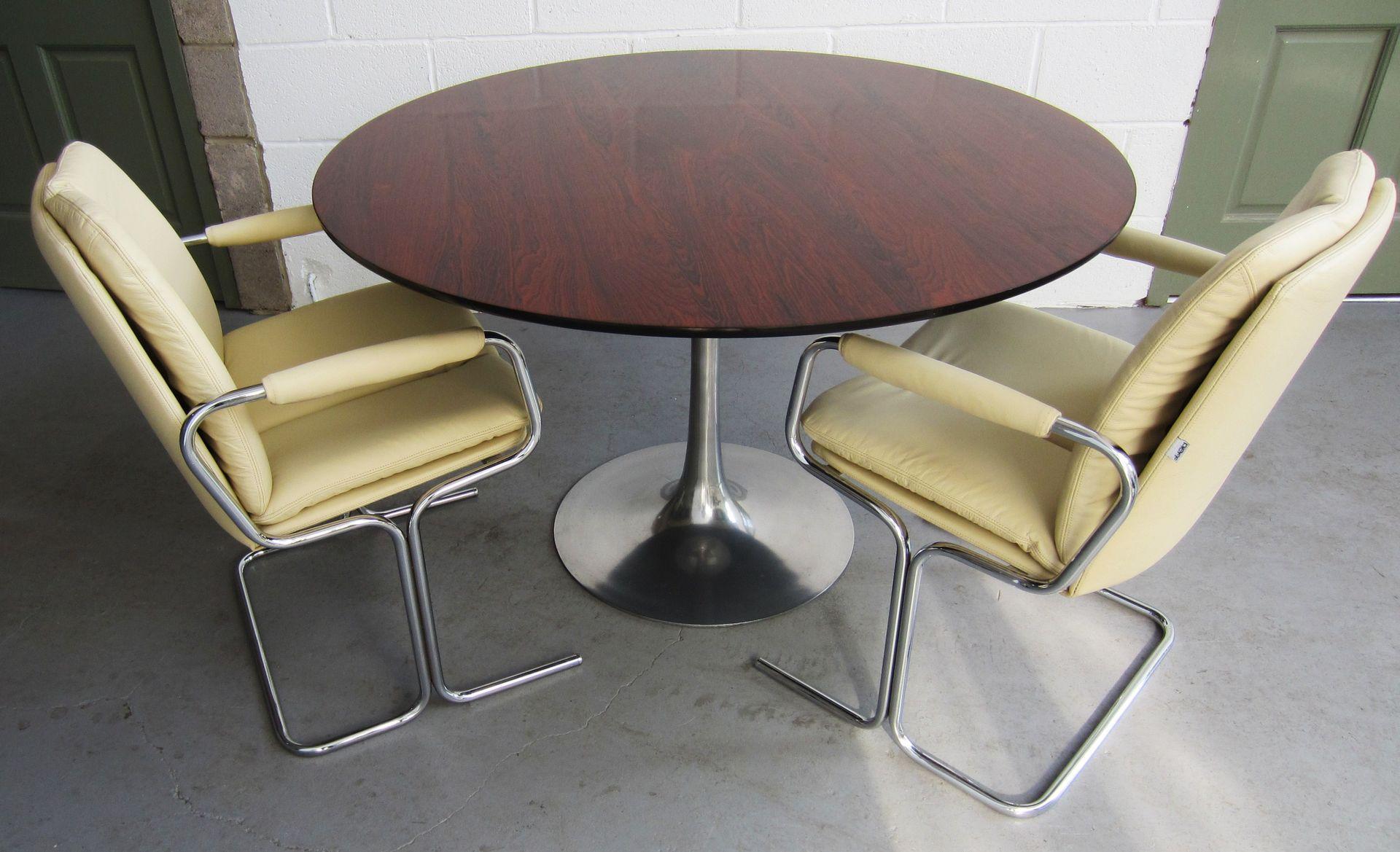 tulpe tisch aus palisanderholz und aluminium von eero saarinen f r arkana bei pamono kaufen. Black Bedroom Furniture Sets. Home Design Ideas