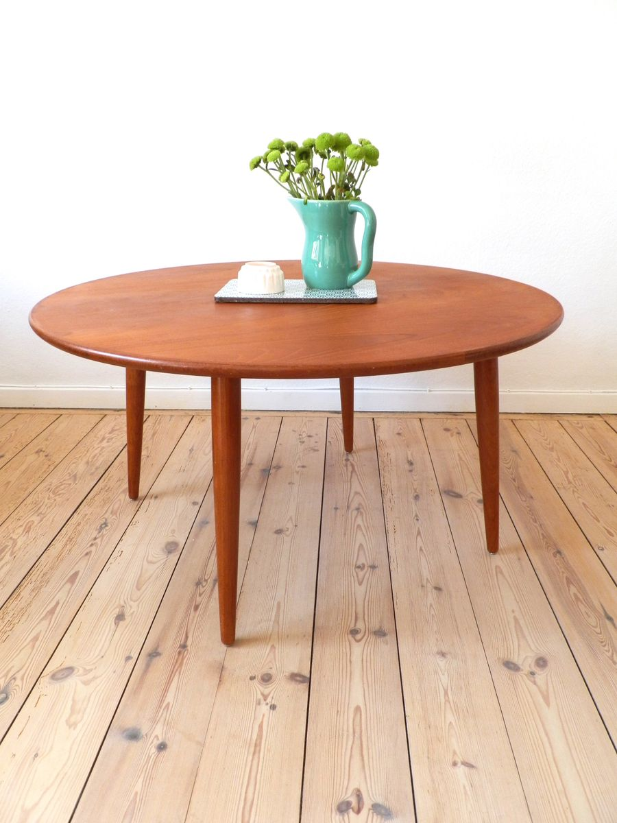 scandinavian round teak coffee table 1960s for sale at pamono. Black Bedroom Furniture Sets. Home Design Ideas