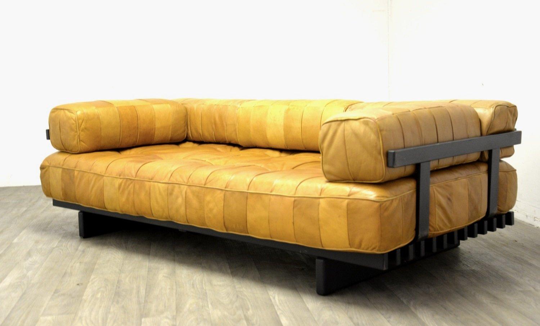 vintage ds 80 schlafsofa aus braunem leder von de sede. Black Bedroom Furniture Sets. Home Design Ideas