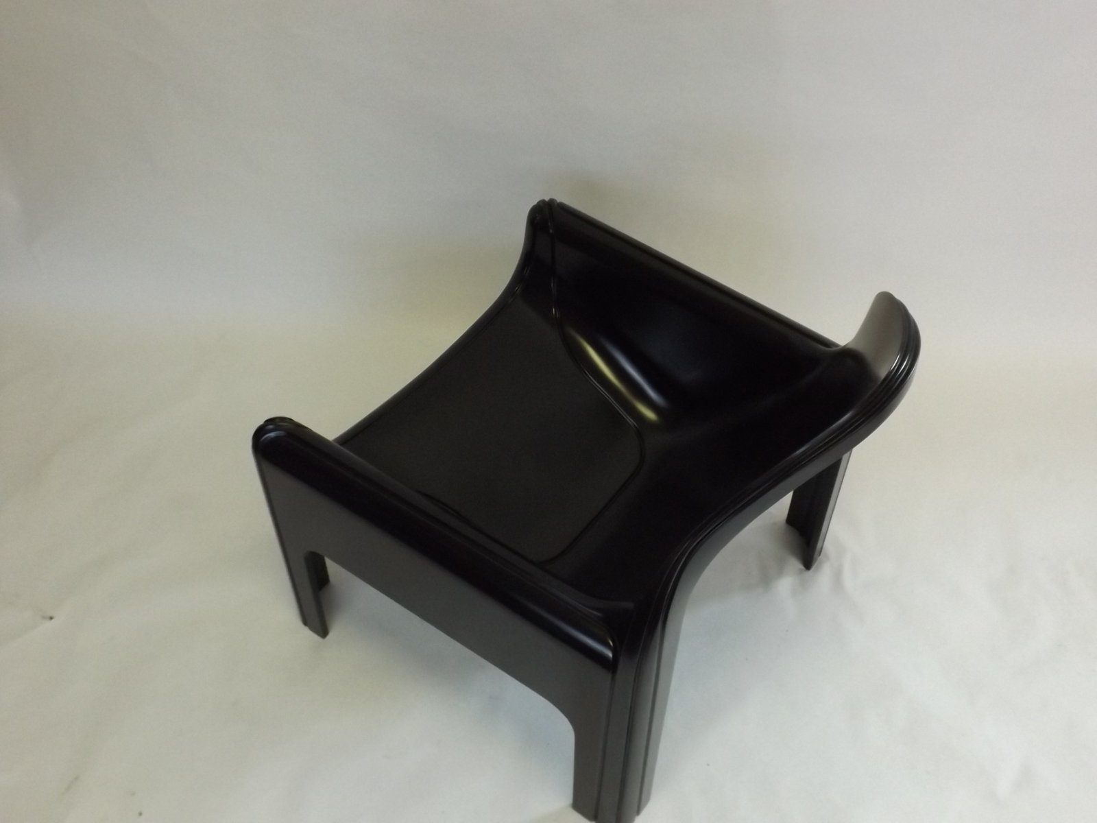4794 Chair by Gae Aulenti for Kartell 1974 for sale at Pamono
