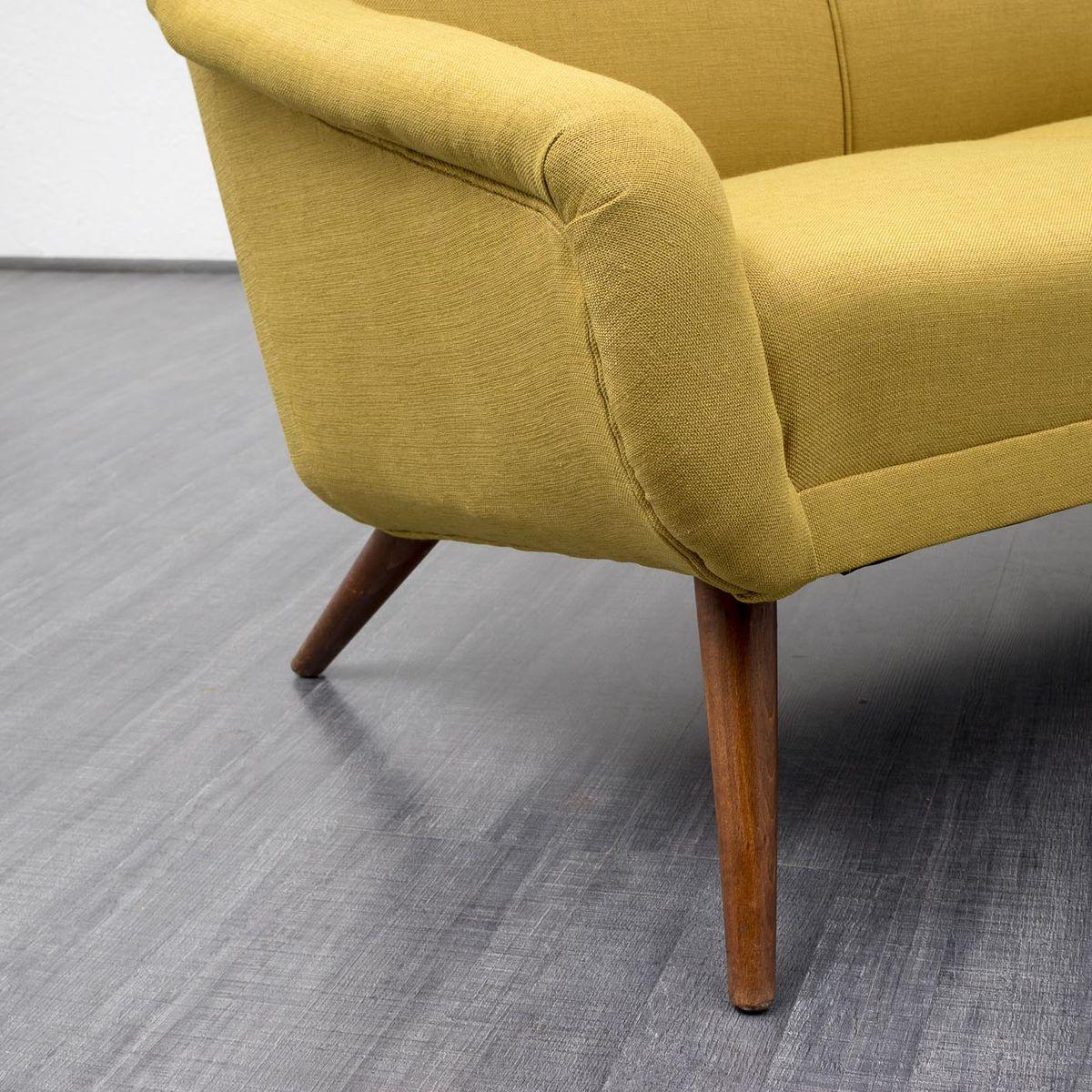 gr n gelbe vintage couch 1950er bei pamono kaufen. Black Bedroom Furniture Sets. Home Design Ideas