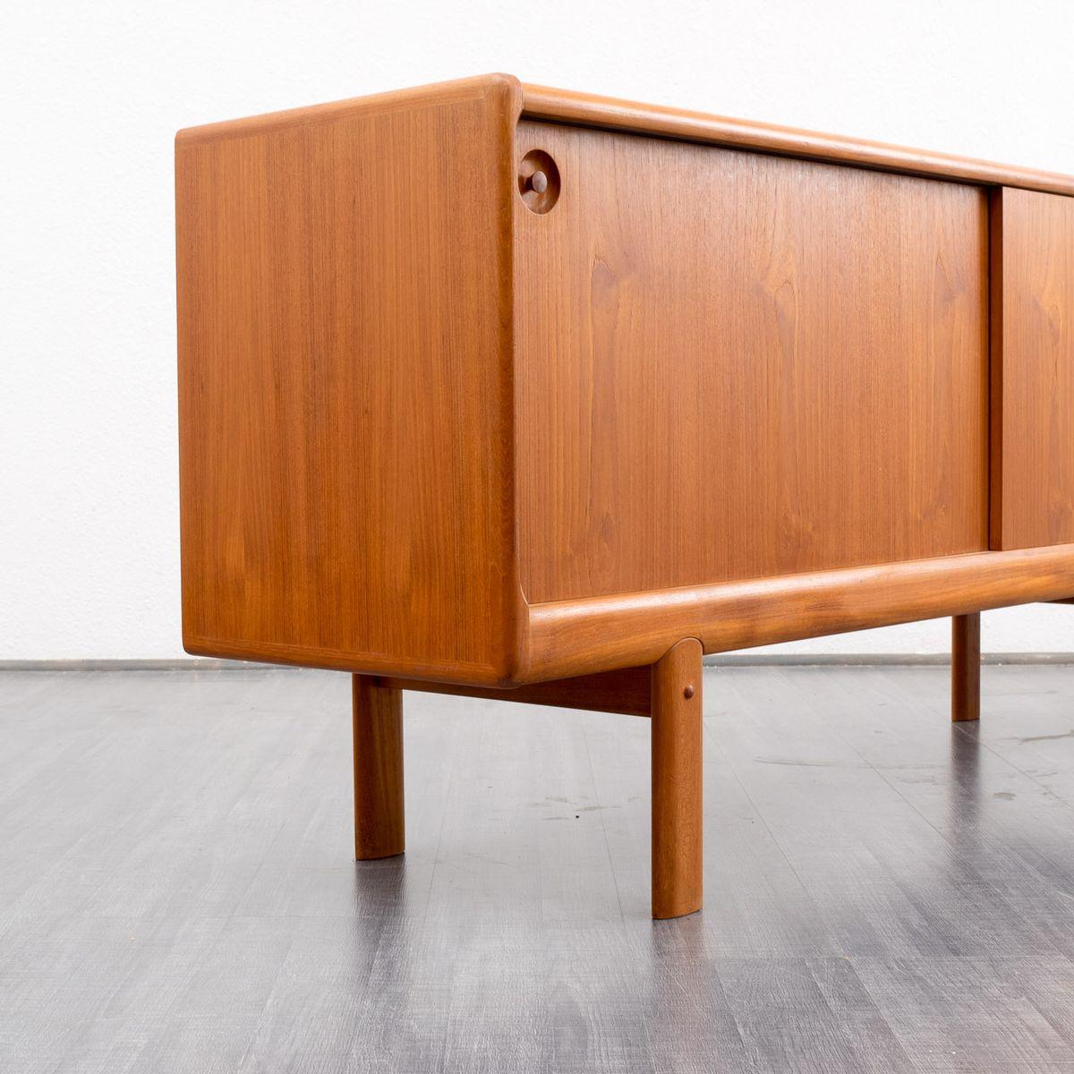 skandinavisches teak sideboard mit schiebet ren 1960er. Black Bedroom Furniture Sets. Home Design Ideas