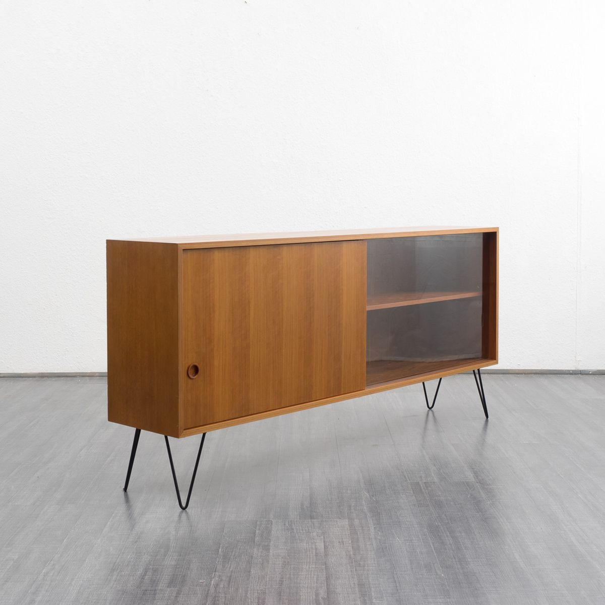 Vintage german walnut sideboard for sale at pamono for Sideboard walnuss