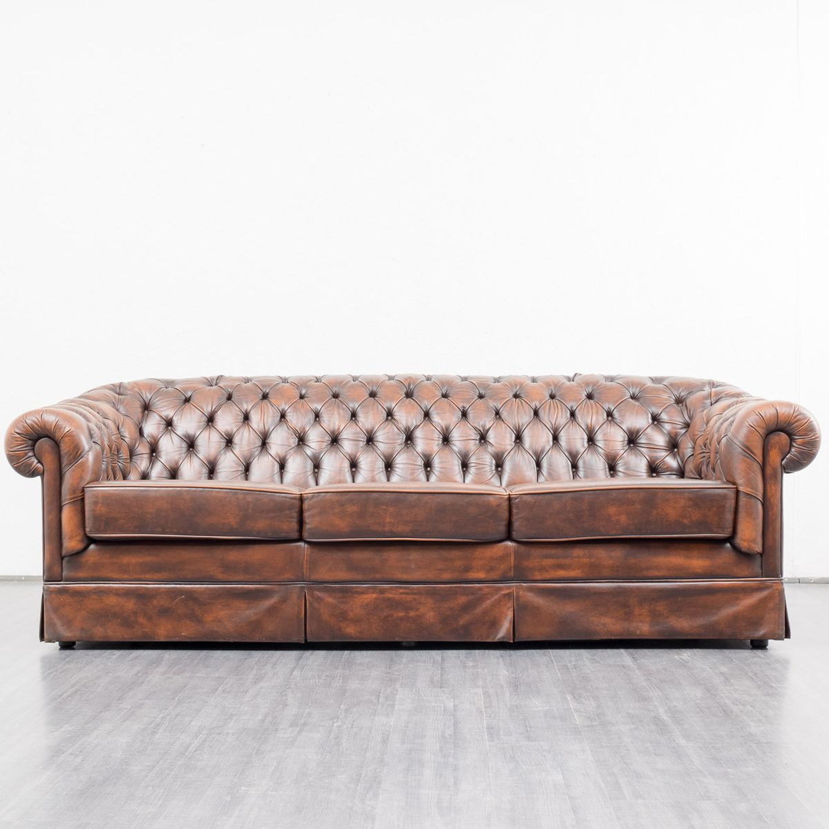 Vintage leather chesterfield sofa for sale at pamono Leather chesterfield loveseat