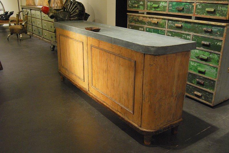 vintage theke mit tischplatte aus zink bei pamono kaufen. Black Bedroom Furniture Sets. Home Design Ideas