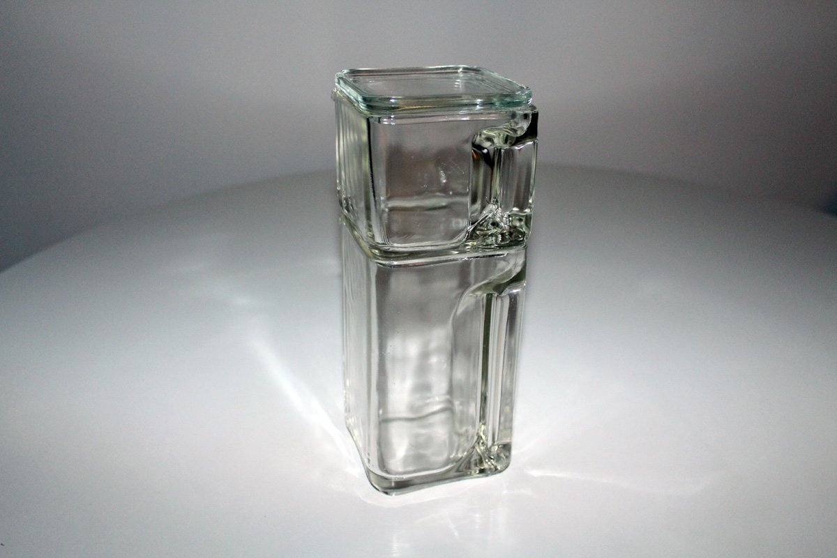kubus glass pitcher by wilhelm wagenfeld for wei wasser 1940s for sale at pamono. Black Bedroom Furniture Sets. Home Design Ideas