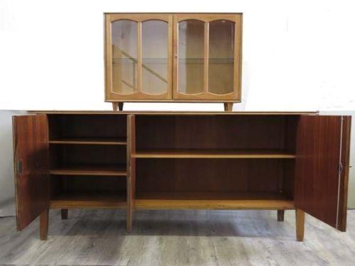 sideboard mit vitrine 1950er bei pamono kaufen. Black Bedroom Furniture Sets. Home Design Ideas